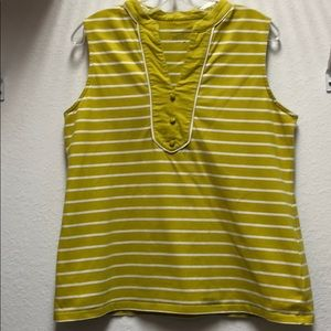 🦋Macy's Spring Green Blouse/Tee